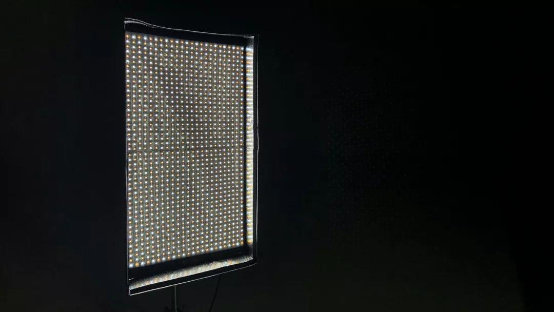 锐鹰 RX-748 全彩 LED 摄影灯 全网首开
