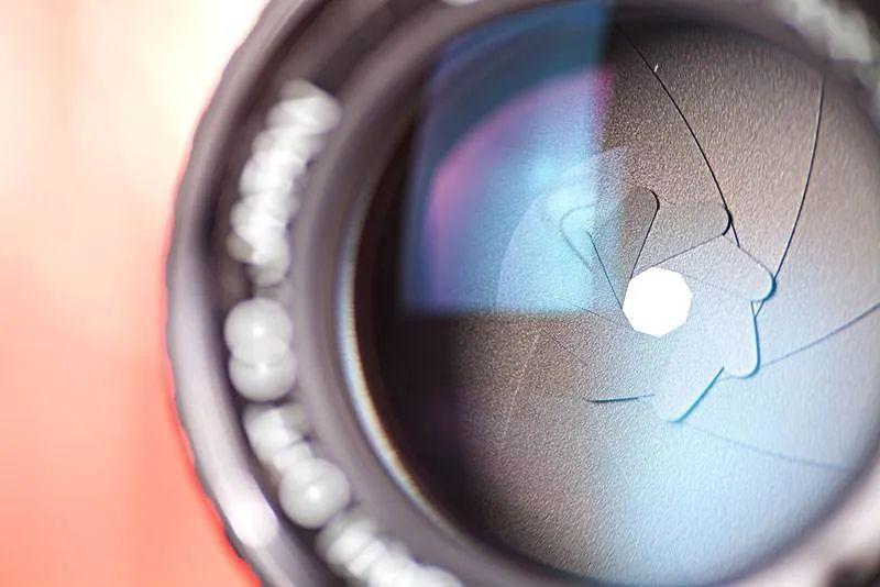 镜头基础知识,变焦与定焦,萌新摄影分享指南!